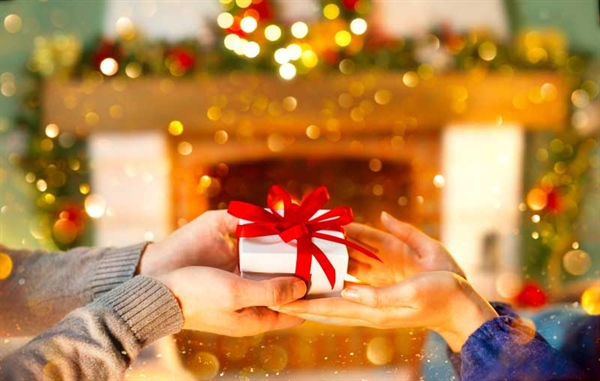 How to Plan Your Gift Giving on a Budget